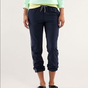 Lululemon Work It Out Track Pant Size 6
